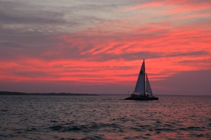 http://upload.wikimedia.org/wikipedia/commons/c/c2/Red_Sunset_%26_Sailboat.JPG