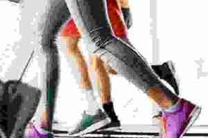 Περπάτημα στο διάδρομο: Η προπόνηση για απώλεια κιλών (και οι κινήσεις για ενδυνάμωση κοιλιάς) - Shape.gr