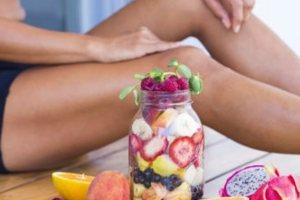 Τι είναι η δίαιτα Whole30 και ποιους κινδύνους κρύβει
