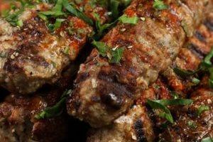 Η συνταγή της ημέρας: Αρνίσια κεμπάμπ