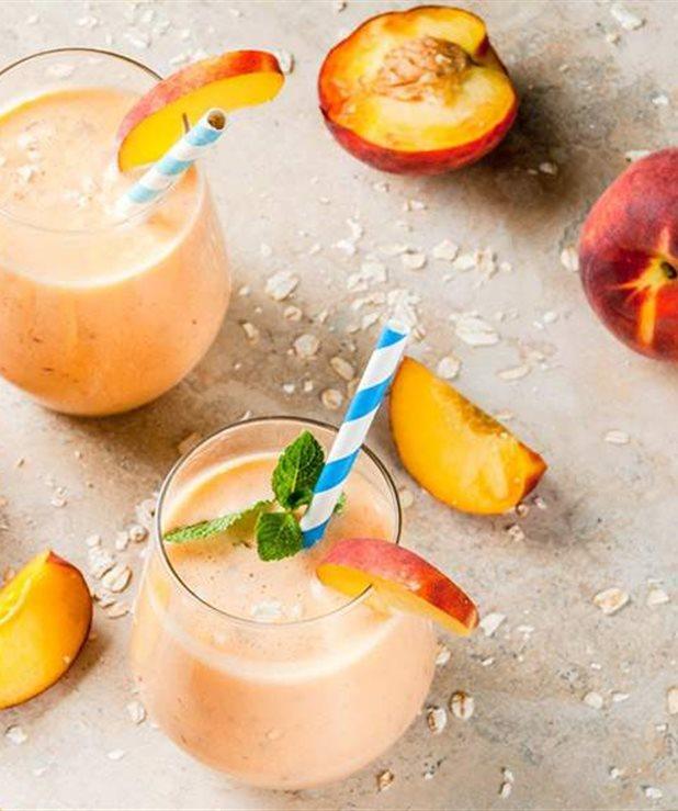 Σμούθι με ροδάκινα, μάνγκο και γιαούρτι