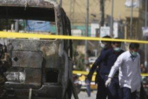 Βόμβα σε λεωφορείο: Δεκάδες νεκροί, ανάμεσά τους γυναίκες και παιδιά