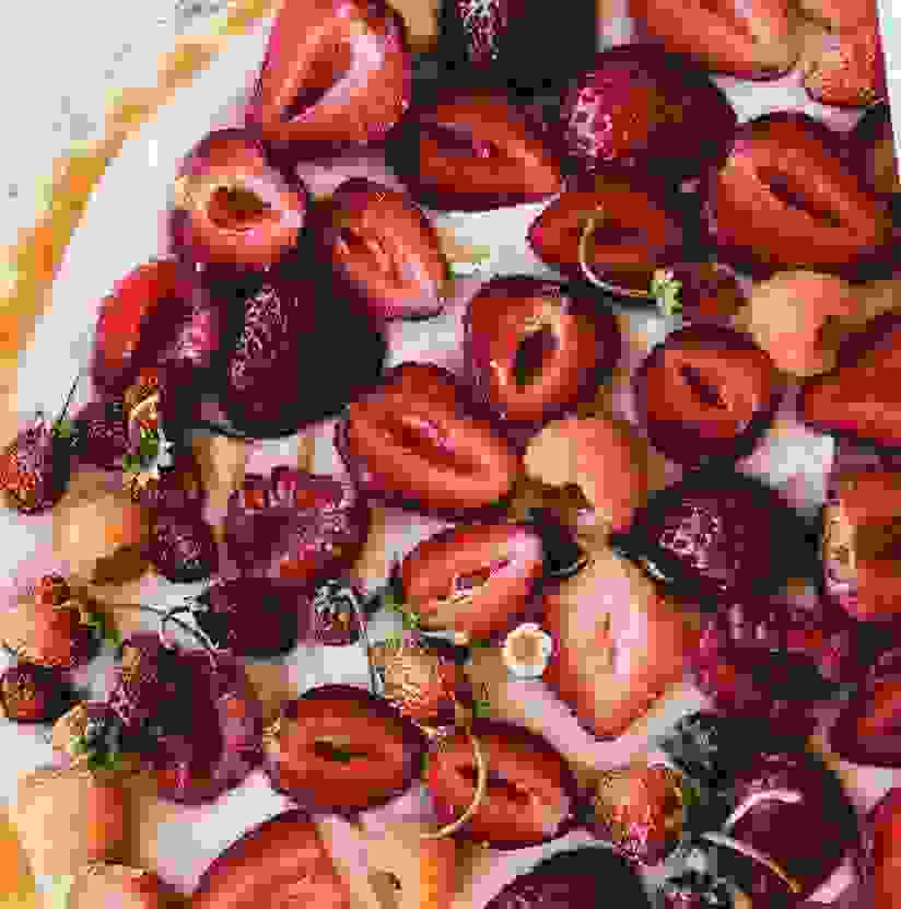 Τάρτα φράουλας χωρίς γλουτένη και ζάχαρη: Η τέλεια γλυκιά και light συνταγή