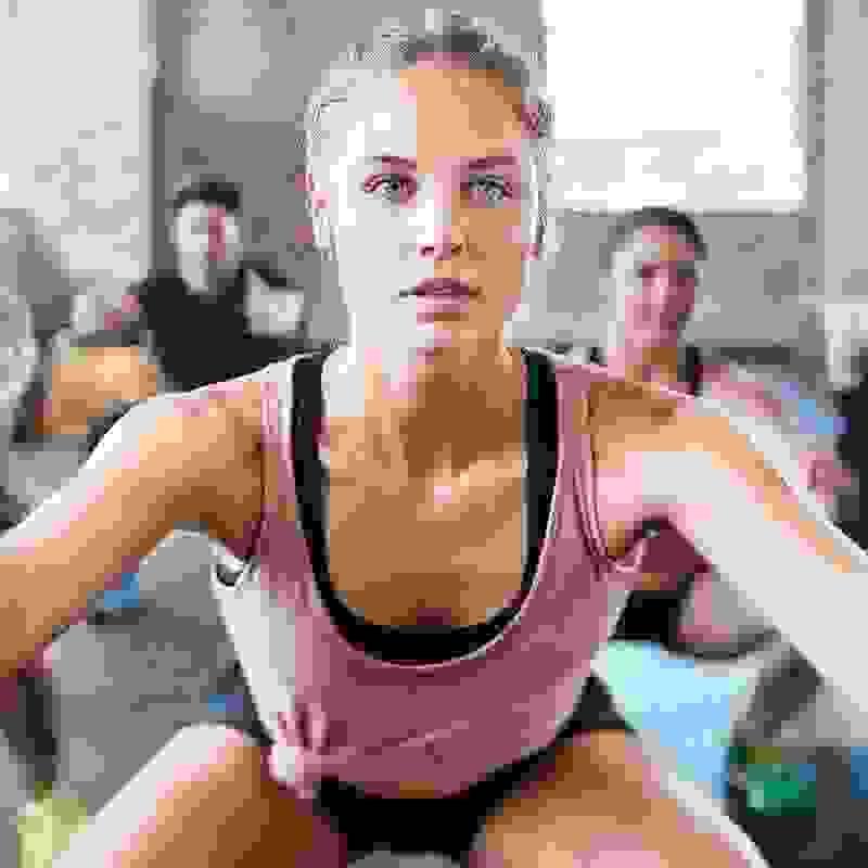 Squat: H τεχνική για να κάνεις κάθισμα είναι αυτή - Shape.gr