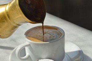 Ο ελληνικός καφές βοηθάει και στη χώνεψη!