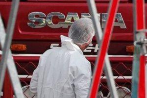 Στιγμές φρίκης στο φορτηγό του θανάτου: Τα θύματα χτυπούσαν να τους ανοίξου