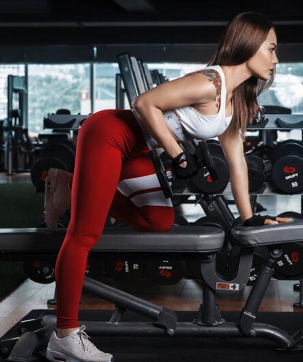 """5 ασκήσεις που θα """"μεταμορφώσουν"""" το σώμα σου μέσα σε 4 εβδομάδες"""