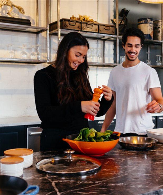 Caesar's Salad: Η σαλάτα με τις ελάχιστες θερμίδες που θα σε κάνει να μπεις στο παλιό σου τζιν