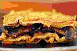 Vegan λαζάνια με κρέμα κολοκύθας και μανιτάρια - Shape.gr