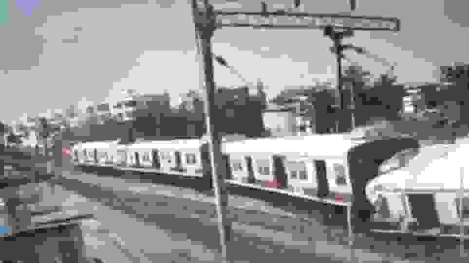 Ινδία : Mετωπική σύγκρουση δύο τρένων μόνο με τραυματίες - Ειδήσεις - νέα - Το Βήμα Online