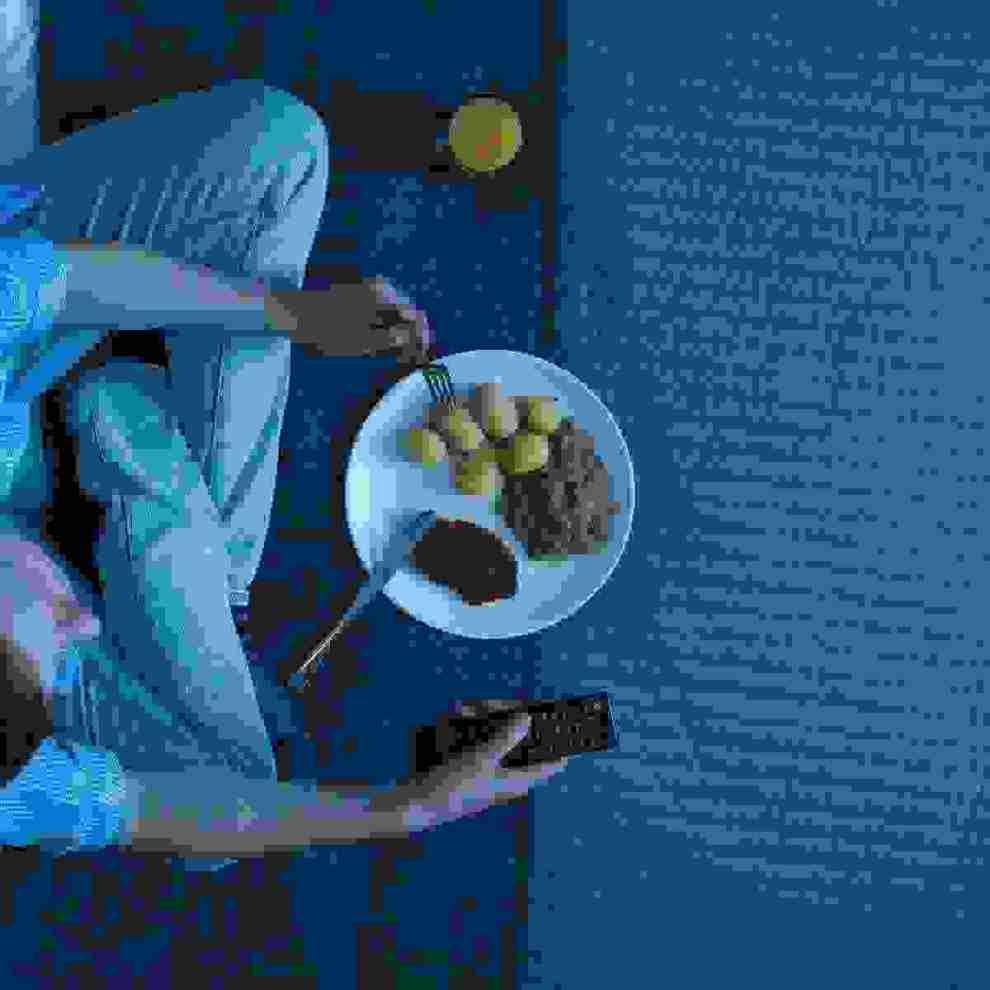 Φαγητό το βράδυ; Οι 7 τροφές που πρέπει να αποφύγεις πριν κοιμηθείς - Shape.gr