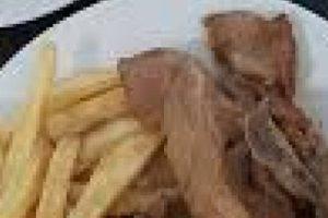 Αρνάκι λαδορίγανη (στην κατσαρόλα)