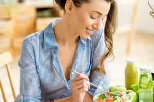 Διατροφή για ρευματοειδή αρθρίτιδα: Η διατροφολόγος προτείνει - Shape.gr