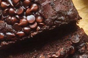Φτιάξτε σοκολατένιο κέικ μπανάνας μαζί με τα παιδιά!