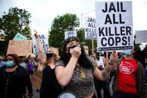 Μινεάπολη: Συνελήφθη ο αστυνομικός που δολοφόνησε τον Τζορτζ Φλόιντ