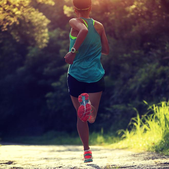 Πώς θα τρέχω πιο γρήγορα; Μάθε τα hot tricks των προπονητών! - Shape.gr