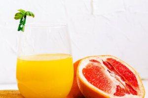 Τρεις χυμοί με καλοκαιρινά φρούτα που αδυνατίζουν, καίνε λίπος και τρέχουν τον μεταβολισμό