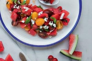 Σαλάτα με καρπούζι, ντοματίνια και φέτα - Shape.gr