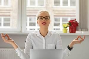 Σου ανέβηκε η πίεση; Τα συμπτώματα υψηλής πίεσης και οι αιτίες της υπέρτασης - Shape.gr