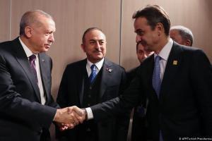 Spiegel: Σπάει ο πάγος μεταξύ Μητσοτάκη και Ερντογάν | DW | 27.06.2020