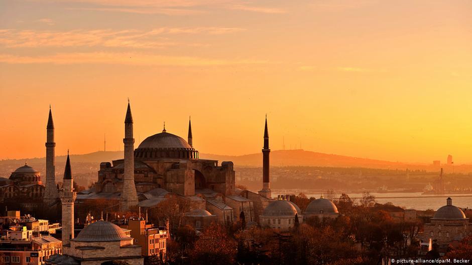 «Κανείς δεν χρειάζεται την Αγία Σοφία ως τζαμί» | DW | 01.07.2020
