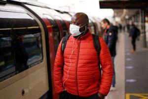 Βρετανία: Σε εγρήγορση οι αρχές μετά την αύξηση του δείκτη μετάδοσης του κορωνοϊού