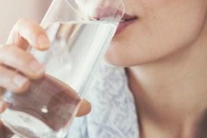 Ευεργετικές ιδιότητες νερού: 3 βασικά οφέλη που χαρίζει στο σώμα σου - Shape.gr