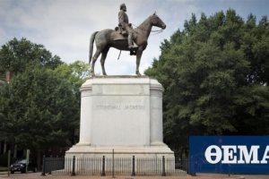 ΗΠΑ: Η «θύελλα» για το θάνατο του Τζορτζ Φλόιντ «αποκαθήλωσε» το άγαλμα του Τόμας «Στόουνγουολ» Τζάκσον