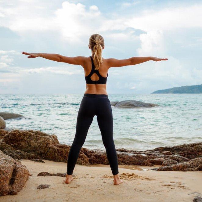 Oι ασκήσεις που πρέπει να κάνεις πριν τις διακοπές για να τονώσεις το σώμα σου (θέλεις γυμναστήριο ή outdoor training;) - Shape.gr