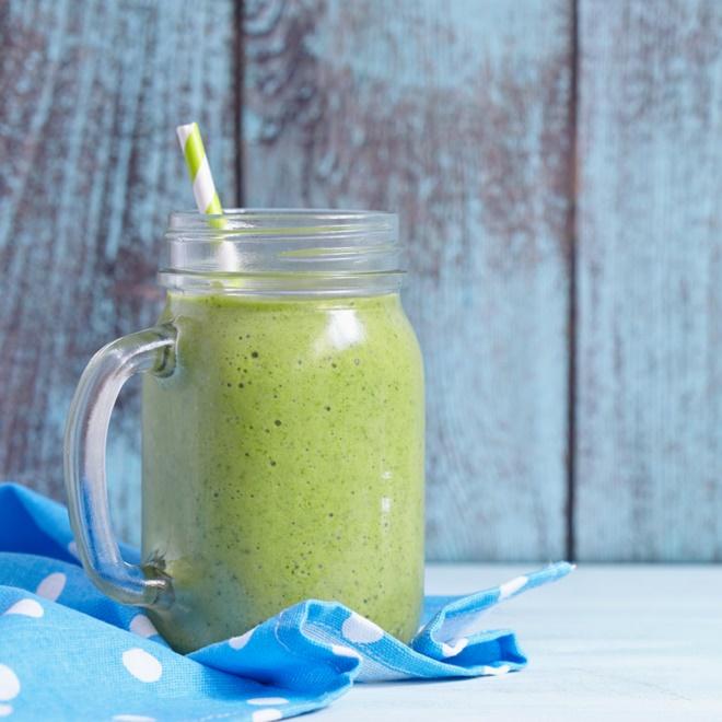 3 συνταγές για επίπεδη κοιλιά (το smoothie, το τοστ, η βρόμη) - Shape.gr