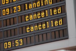 Tι συμβαίνει με τις αποζημιώσεις για τις χαμένες πτήσεις; | DW | 14.08.2020