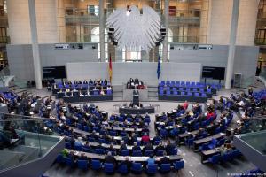 Ζέεχοφερ: Με «ευρωπαϊκέςπροδιαγραφές» το νέο ΚΥΤ στη Λέσβο | DW | 16.09.2020