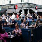 Κορωνοϊός – Βρετανία : Στο κόκκινο τα κρούσματα – Προς νέο lockdown