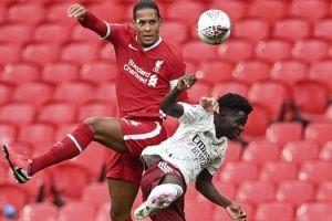 Λίβερπουλ: Εκτός 18άδας των ρεντς ο Τσιμίκας για το ματς με Άρσεναλ