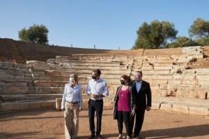 Στον αρχαιολογικό χώρο της Αρχαίας Απτέρας Μητσοτάκης – Πομπέο