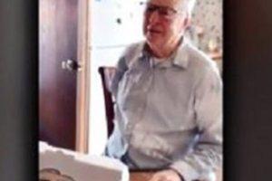 Ηλικιωμένος διανομέας πίτσας πήρε φιλοδώρημα 12 χιλιάδες δολάρια!