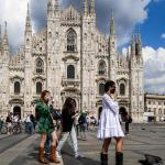 Προς απαγόρευση κυκλοφορίας σε Μιλάνο και Νάπολη | DW | 21.10.2020