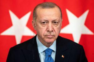 Le Monde : Ερντογάν, ο «πυρομανής σουλτάνος»