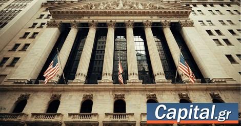 Wall: Η ελπίδα για νέο 'πακέτο' χάρισε στον Dow 530 μονάδες