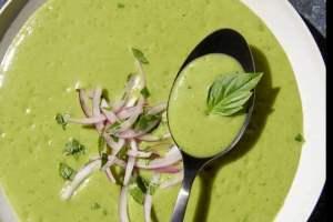 Η κλασική σούπα βισισουάζ με πράσα και πατάτες από τη Σοφία Μάργαρη είναι ό,τι πιο νόστιμο και εύκολο θα δοκιμάσεις σήμερα! - Shape.gr