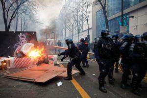 Παρίσι : 22 συλλήψεις στα επεισόδια για το νομοσχέδιο ασφάλειας