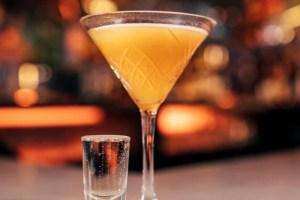 Aντιμετώπιση hangover: 10 πράγματα που ΔΕΝ ήξερες για το hangover (και πώς θα περάσει) - Shape.gr
