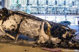 Βίαια επεισόδια σε ολλανδικές πόλεις - Ειδήσεις - νέα - Το Βήμα Online