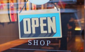 ΕΣΑ: Κλειστό λιανεμπόριο με ανεξέλεγκτη λειτουργία όλων των άλλων