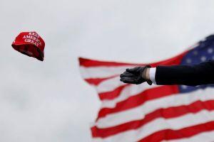 Bloomberg : Στο payroll της καμπάνιας του Τραμπ διοργανωτές της διαδήλωσης στο Καπιτώλιο