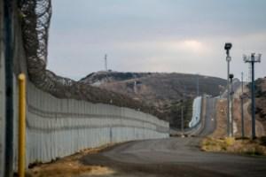 Η κυβέρνηση του Μεξικού χαιρέτισε την αναστολή της κατασκευής ενός τείχους στα σύνορα