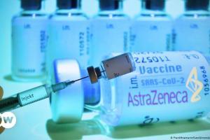 Μαλλιά κουβάρια με το εμβόλιο της AstraZeneca | DW | 29.01.2021