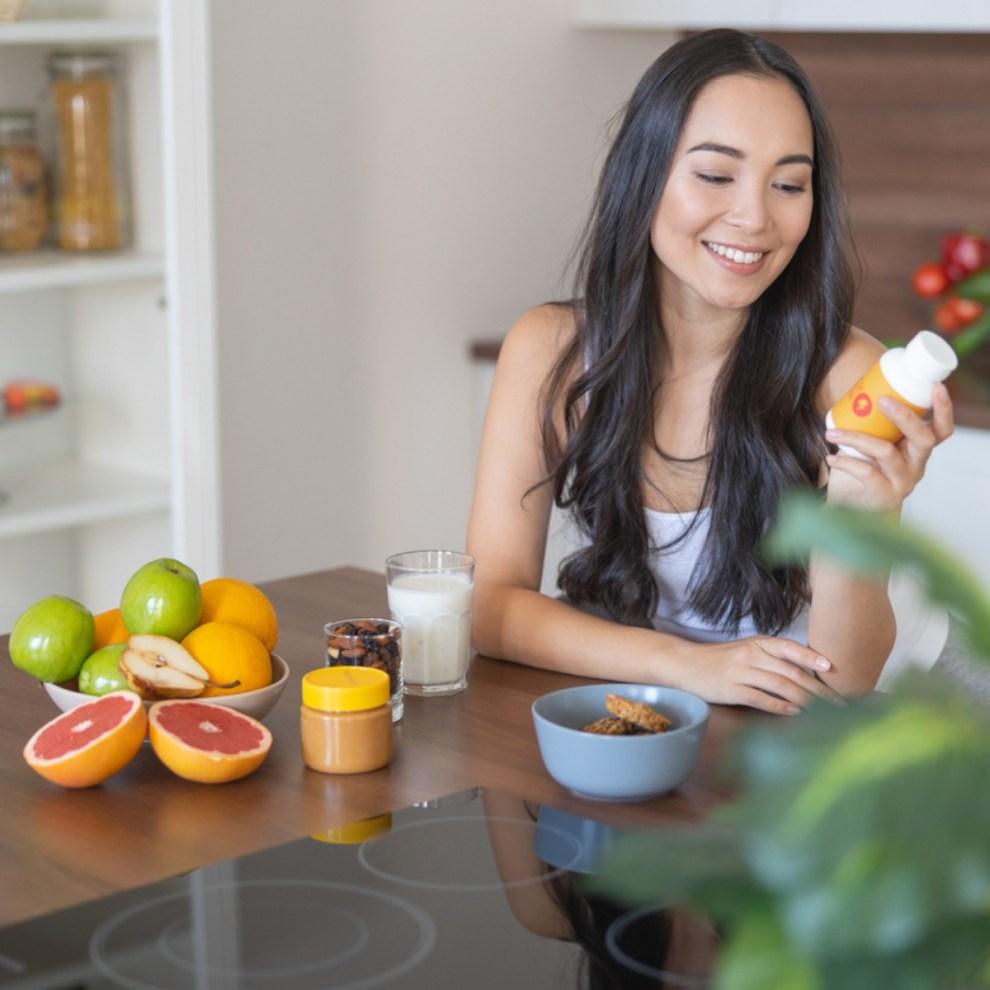 Κεφάλαιο βιταμίνες: Πότε είναι η καλύτερη στιγμή για τη λήψη συμπληρωμάτων;