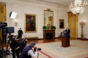 Μπάιντεν: Αισιόδοξος ότι θα συναντηθεί σύντομα με τον Πούτιν
