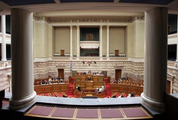 Εργασιακό ν/σ: Ψηφίστηκε με 158 «Ναι»- Κατά σύσσωμη η αντιπολίτευση
